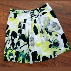 ♥️ 5/$25 A-line floral rose print skirt lined 18W